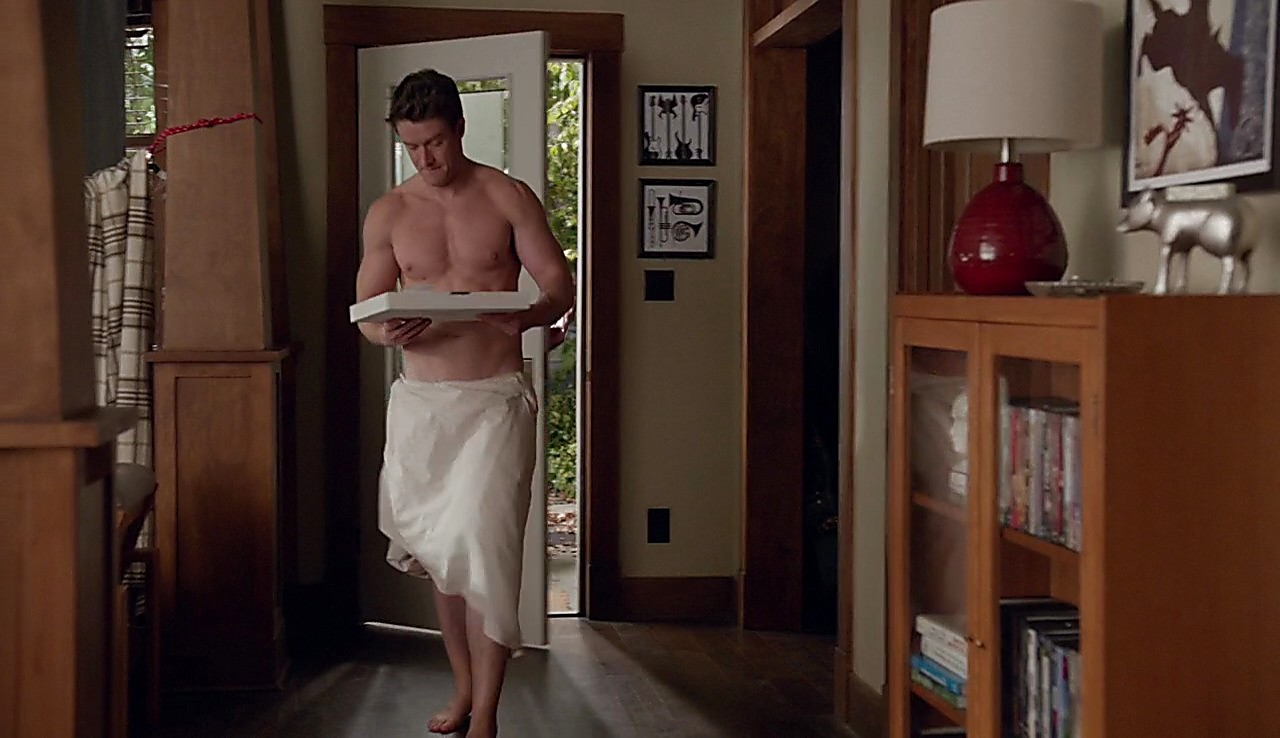 Robert Buckley sexy shirtless scene June 7, 2017, 1pm