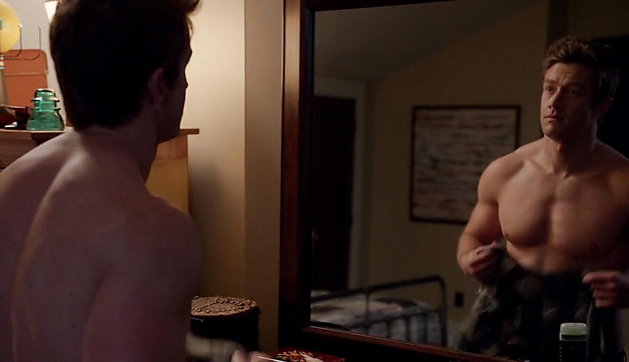 Robert Buckley sexy shirtless scene May 31, 2017, 8am
