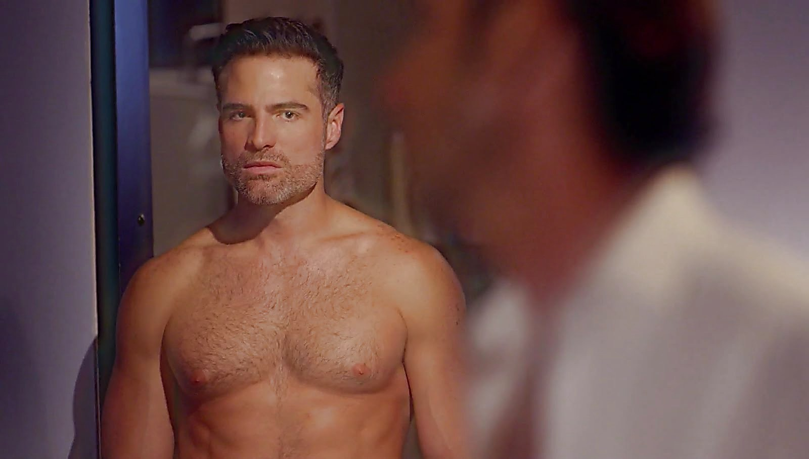 Roberto Manrique sexy shirtless scene November 19, 2017, 1pm