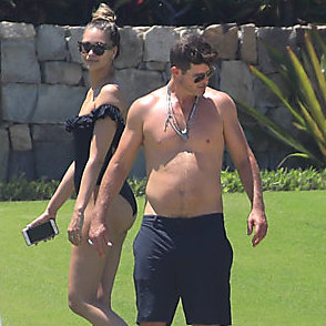 Robin Thicke latest sexy shirtless July 1, 2018, 10am