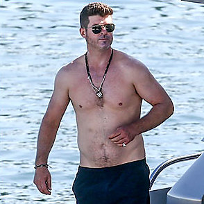 Robin Thicke latest sexy shirtless November 23, 2019, 12pm