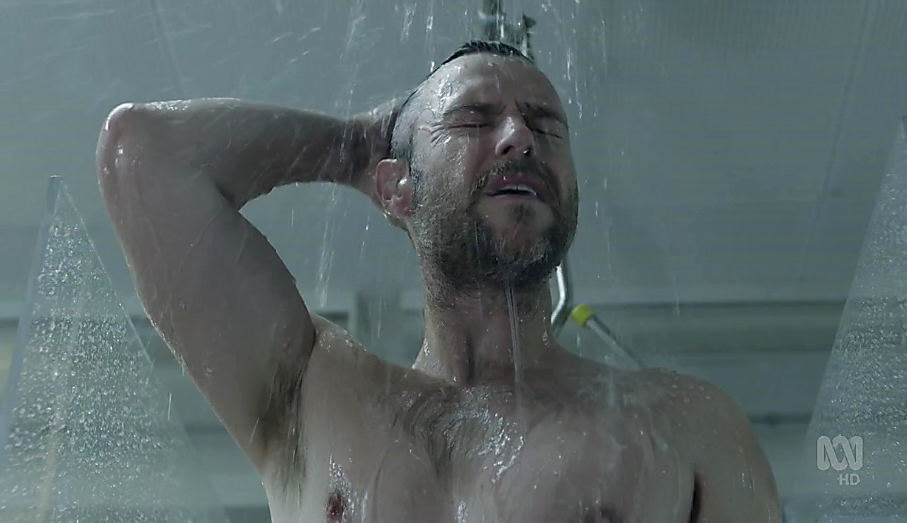 Rodger Corser sexy shirtless scene September 21, 2017, 1pm