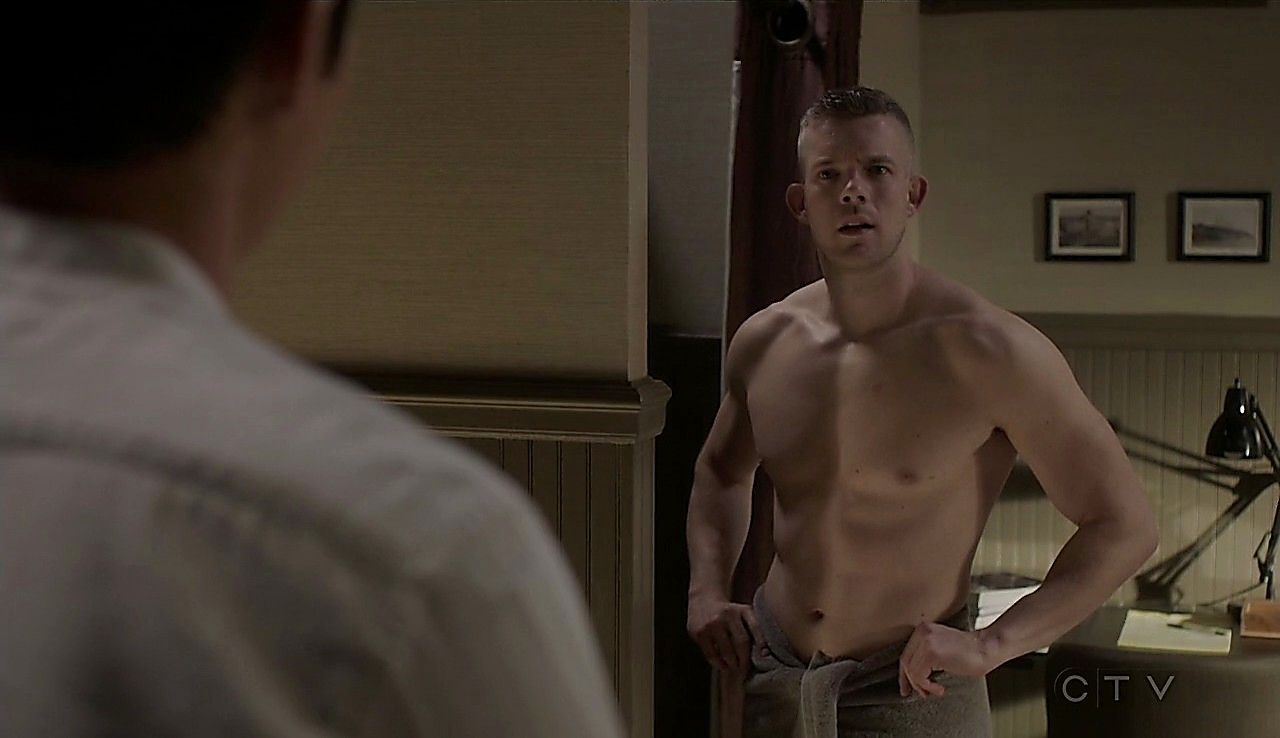 Russell Tovey sexy shirtless scene January 24, 2017, 11am