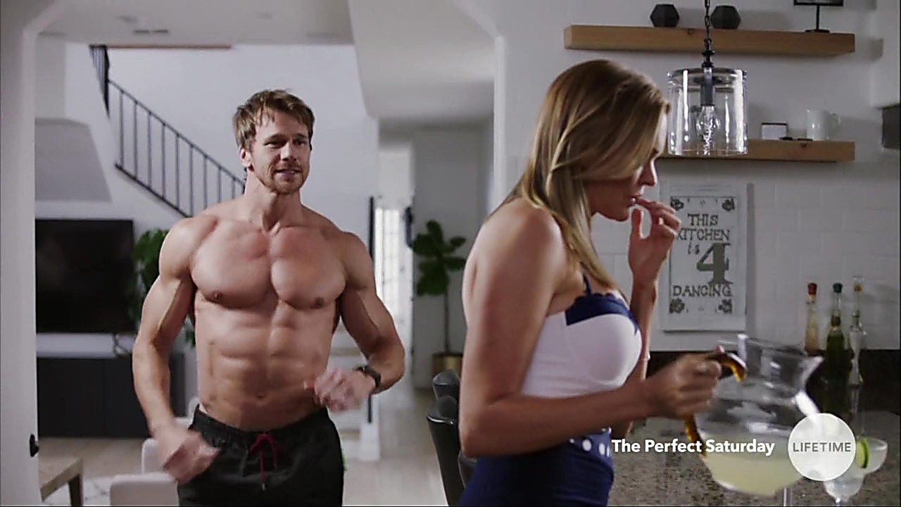 Rusty Joiner sexy shirtless scene November 5, 2018, 1pm