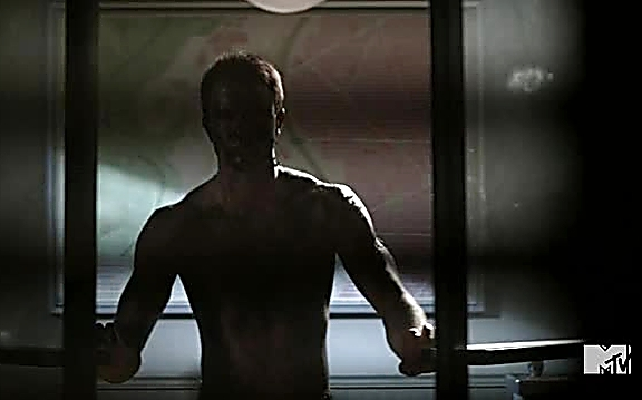 Ryan Kelley sexy shirtless scene August 24, 2014, 9pm