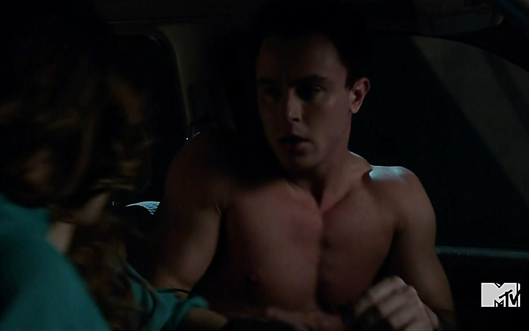 Ryan Kelley sexy shirtless scene August 4, 2015, 2am