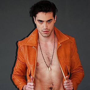 Ryan Mccartan latest sexy shirtless December 25, 2018, 11pm