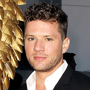 Ryan Phillippe latest sexy shirtless February 13, 2017, 4pm