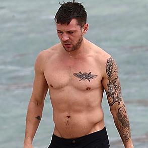 Ryan Phillippe latest sexy shirtless November 18, 2018, 4pm