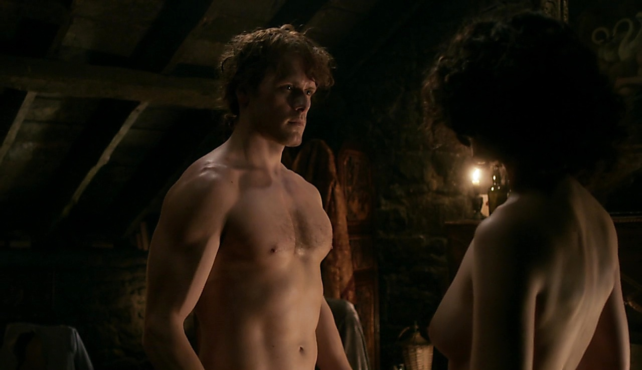 Sam Heughan sexy shirtless scene October 22, 2017, 6am