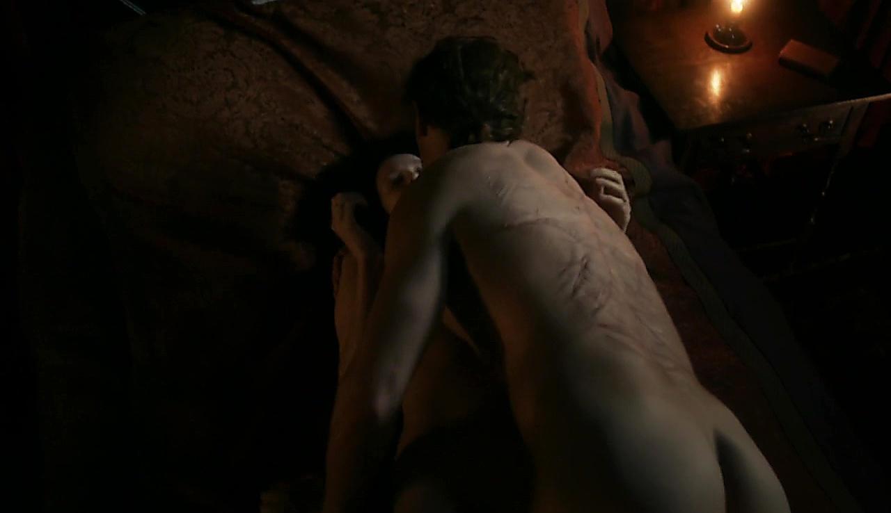 Sam Heughan sexy shirtless scene October 22, 2017, 6am
