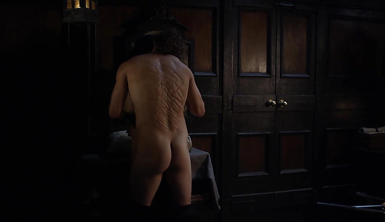Sam Heughan sexy shirtless scene November 26, 2017, 1pm