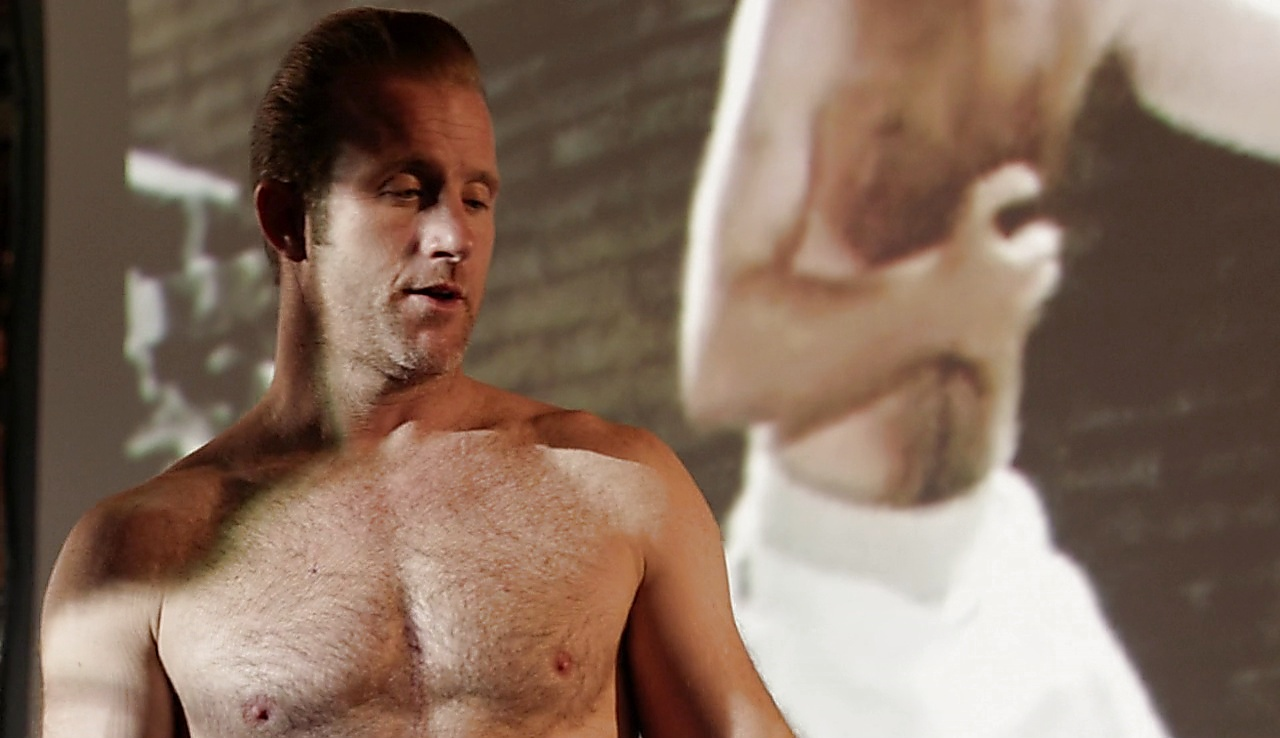 Scott Caan sexy shirtless scene May 5, 2018, 12pm