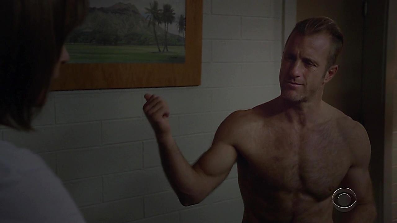 Scott Caan sexy shirtless scene January 12, 2019, 10am