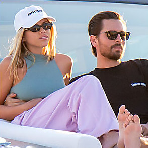 Scott Disick latest sexy shirtless November 25, 2019, 8pm