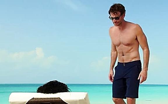 Scott Foley sexy shirtless scene September 29, 2014, 8pm