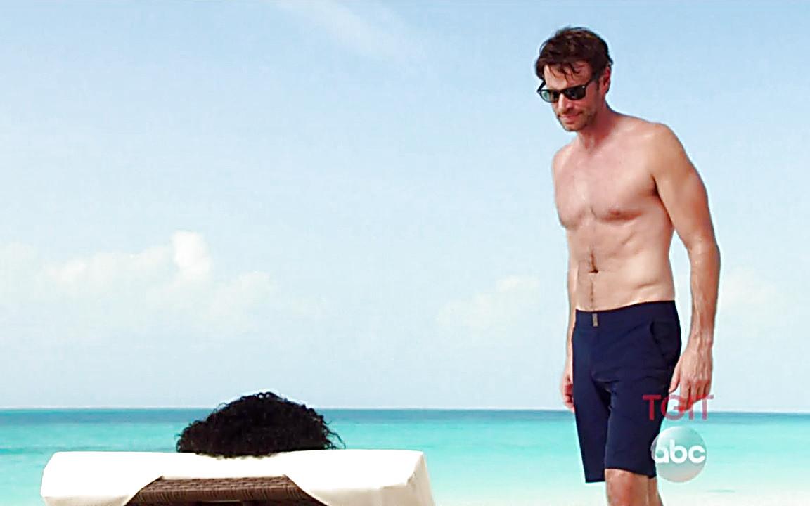Scott Foley sexy shirtless scene September 28, 2014, 12am