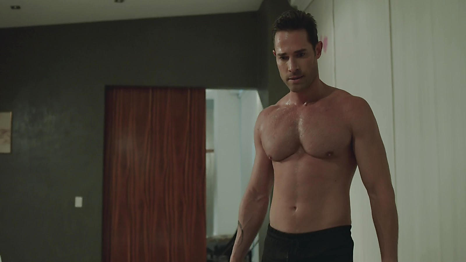 Sebastian Rulli sexy shirtless scene December 25, 2019, 3pm