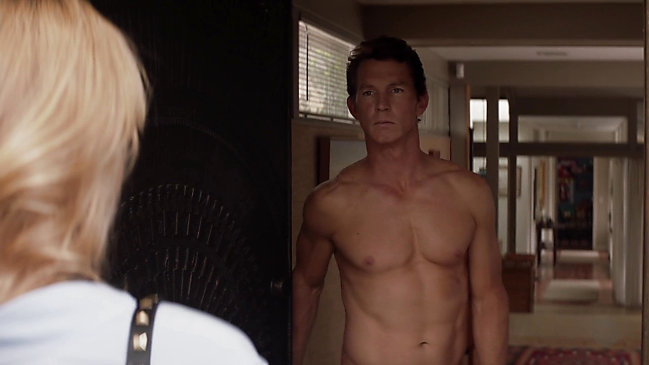 Shawn Hatosy sexy shirtless scene August 25, 2018, 12pm