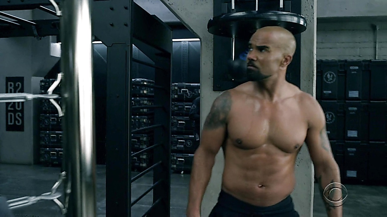 Shemar Moore sexy shirtless scene April 26, 2019, 12pm