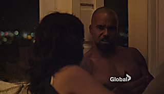 Shemar Moore S.W.A.T. S01E01 2017 11 03 13