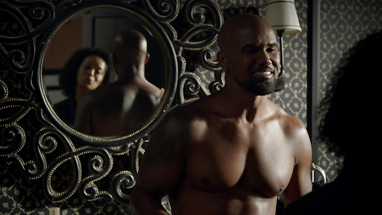 Shemar Moore latest sexy shirtless scene September 28, 2018, 12pm