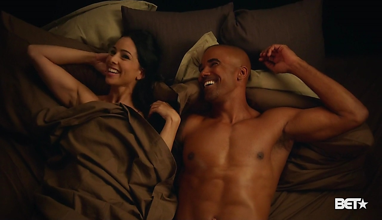 Shemar Moore latest sexy shirtless scene August 7, 2018, 12pm