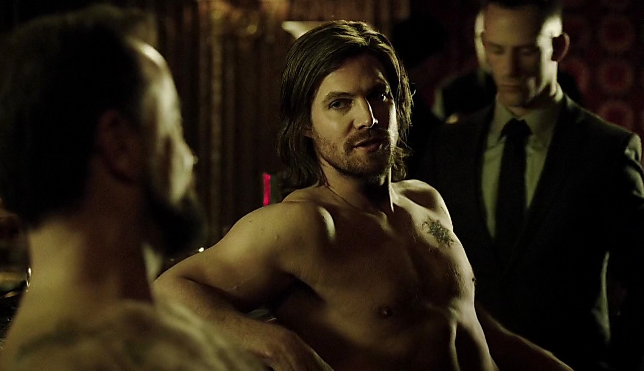 Stephen Amell sexy shirtless scene March 23, 2017, 4pm