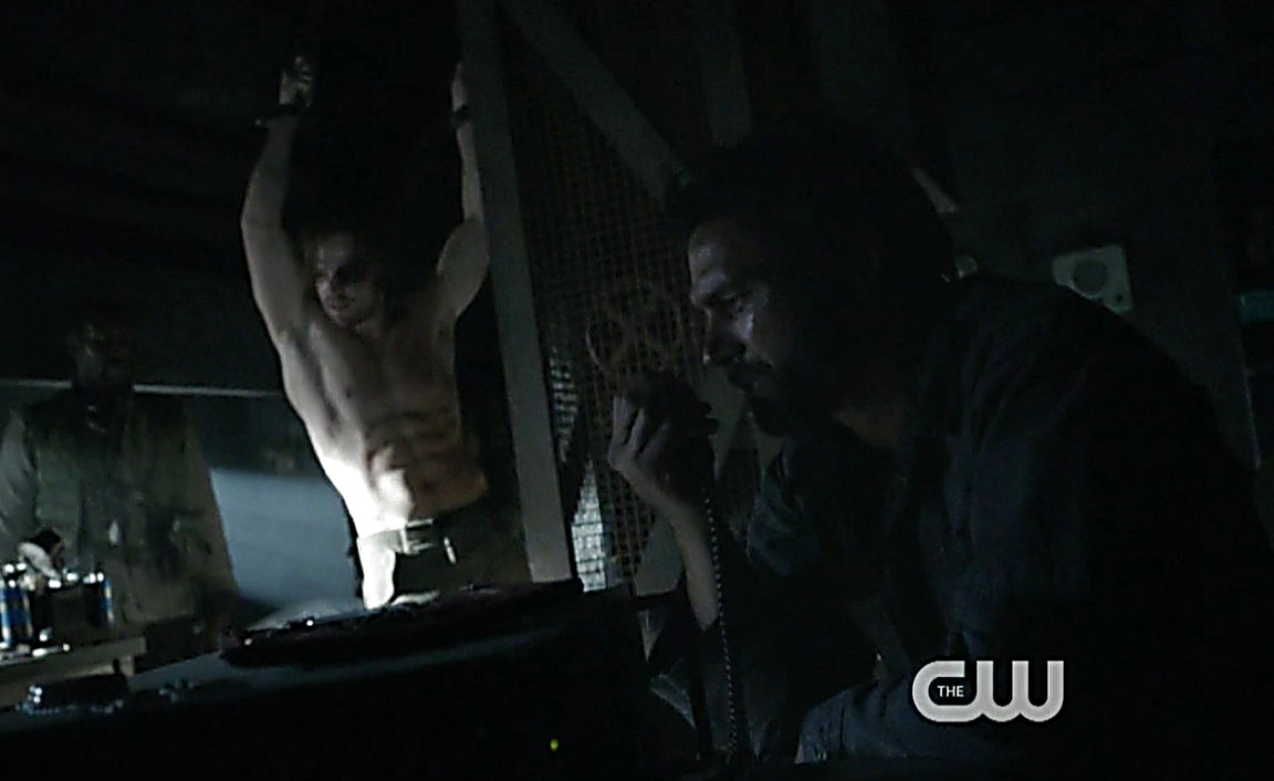Stephen Amell sexy shirtless scene April 5, 2014, 9pm