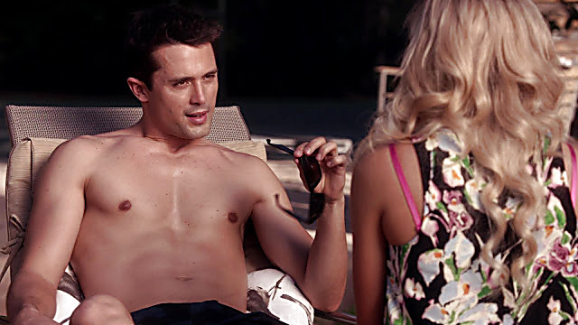 Stephen Colletti sexy shirtless scene December 29, 2020, 1pm