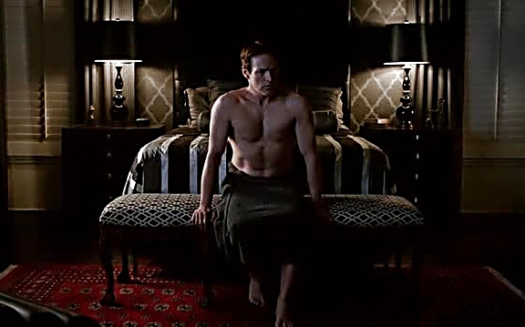 Stephen Moyer latest sexy shirtless scene August 4, 2014, 1pm