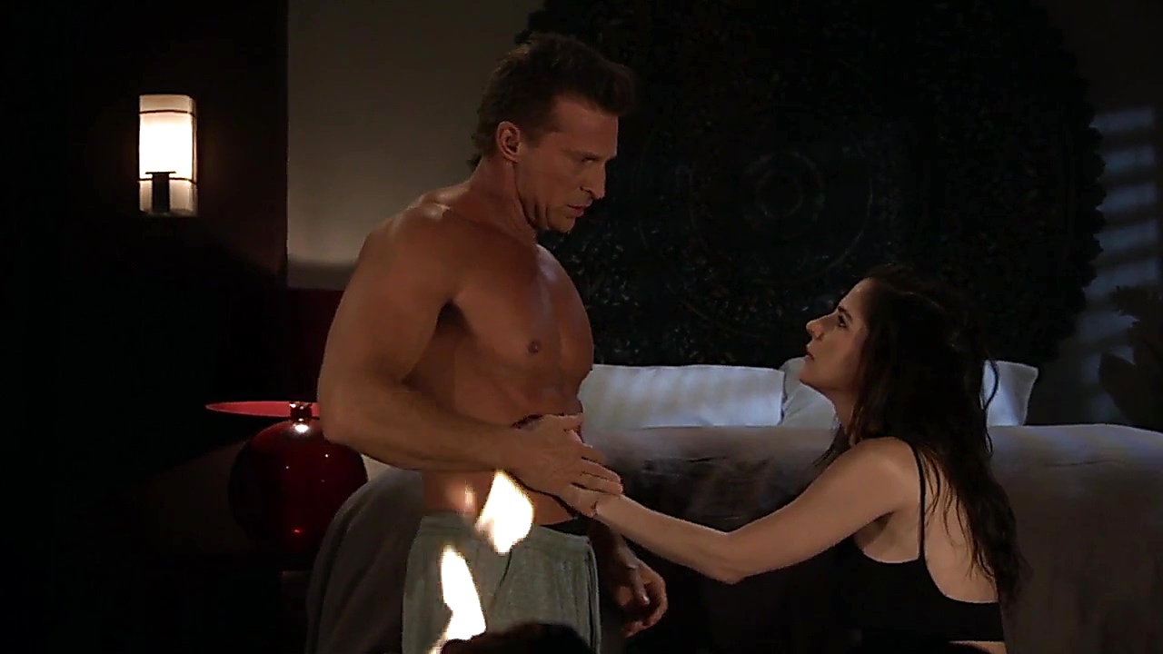 Steve Burton sexy shirtless scene January 25, 2019, 1pm