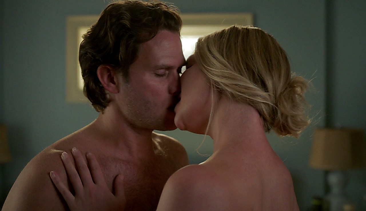 Steven Pasquale latest sexy shirtless scene July 24, 2017, 12pm