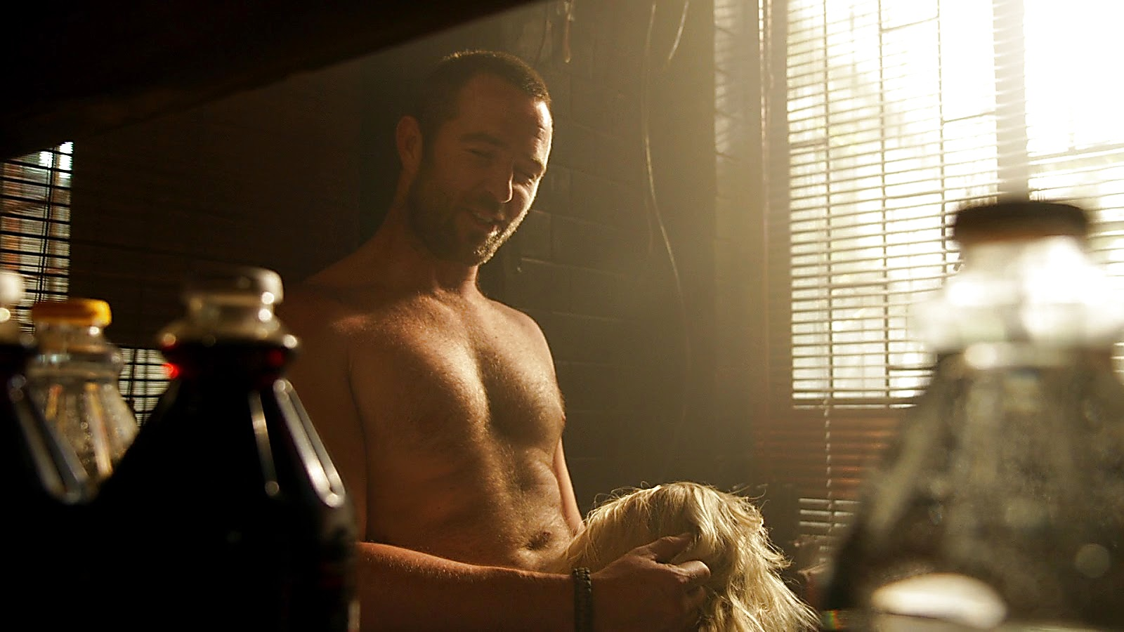 Sullivan Stapleton sexy shirtless scene March 26, 2020, 1pm