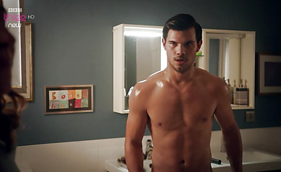 Taylor Lautner sexy shirtless scene August 8, 2014, 1am