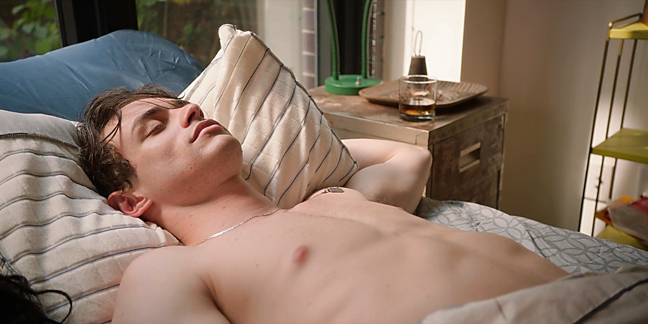 Thomas Doherty sexy shirtless scene February 16, 2020, 8am