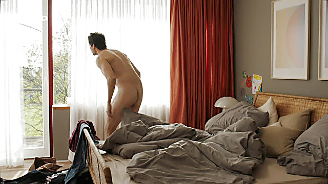 Tom Beck sexy shirtless scene August 21, 2021, 9am