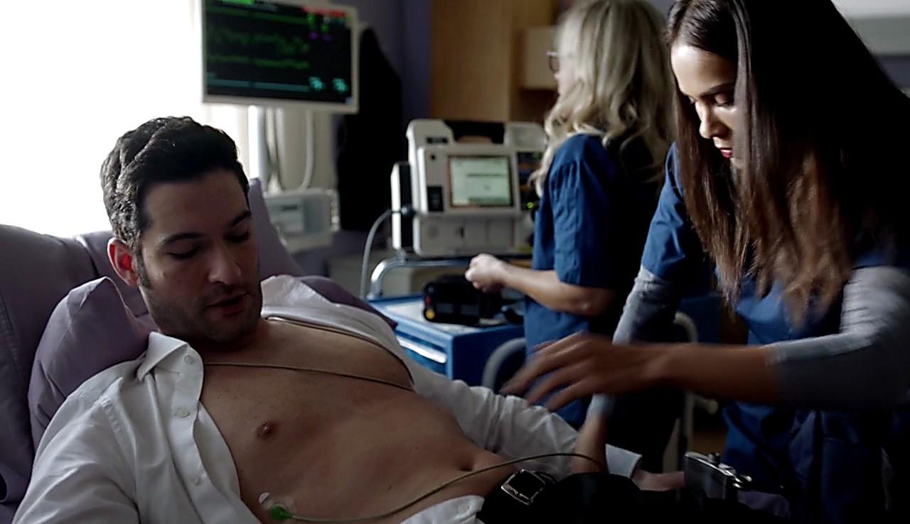 Tom Ellis sexy shirtless scene January 31, 2017, 1pm