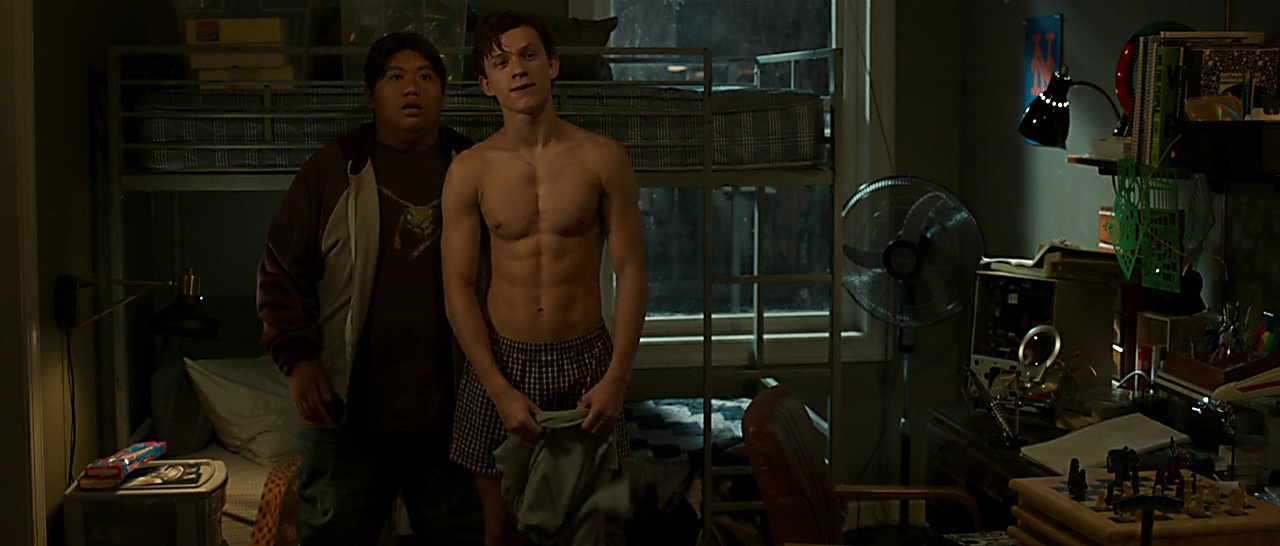 Tom Holland latest sexy shirtless scene April 14, 2018, 1pm