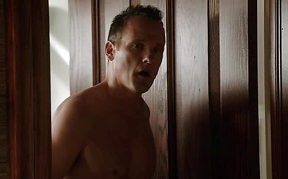 Tom Verica sexy shirtless scene October 19, 2014, 10pm