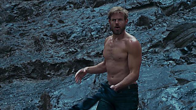 Trevor Donovan sexy shirtless scene January 9, 2021, 1pm
