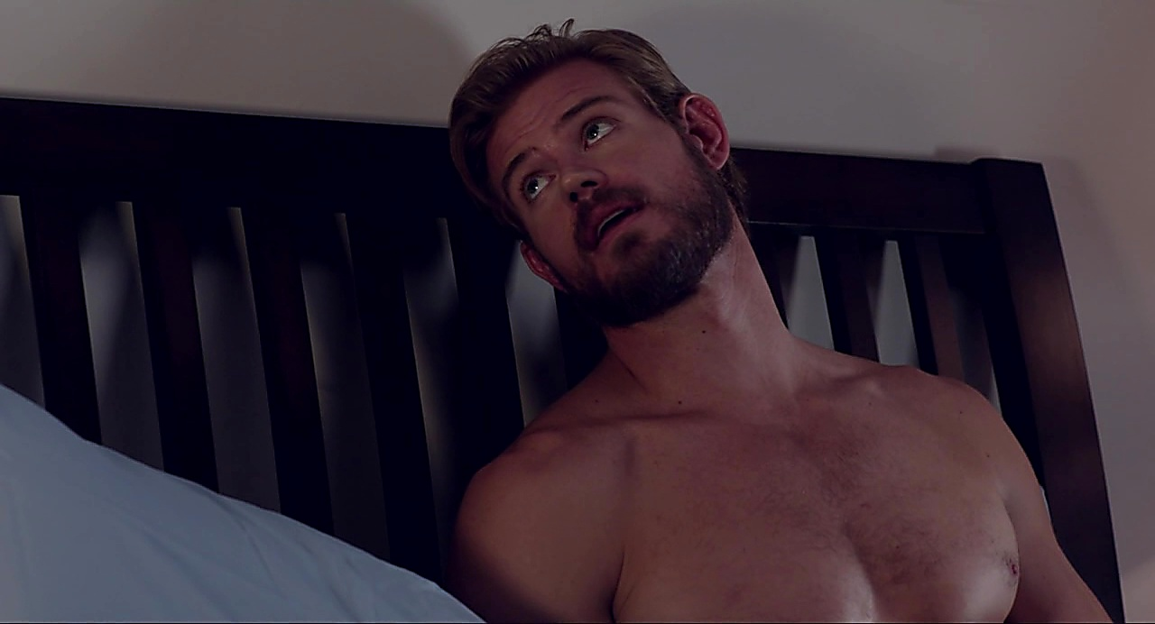 Trevor Donovan latest sexy shirtless scene December 6, 2018, 11am