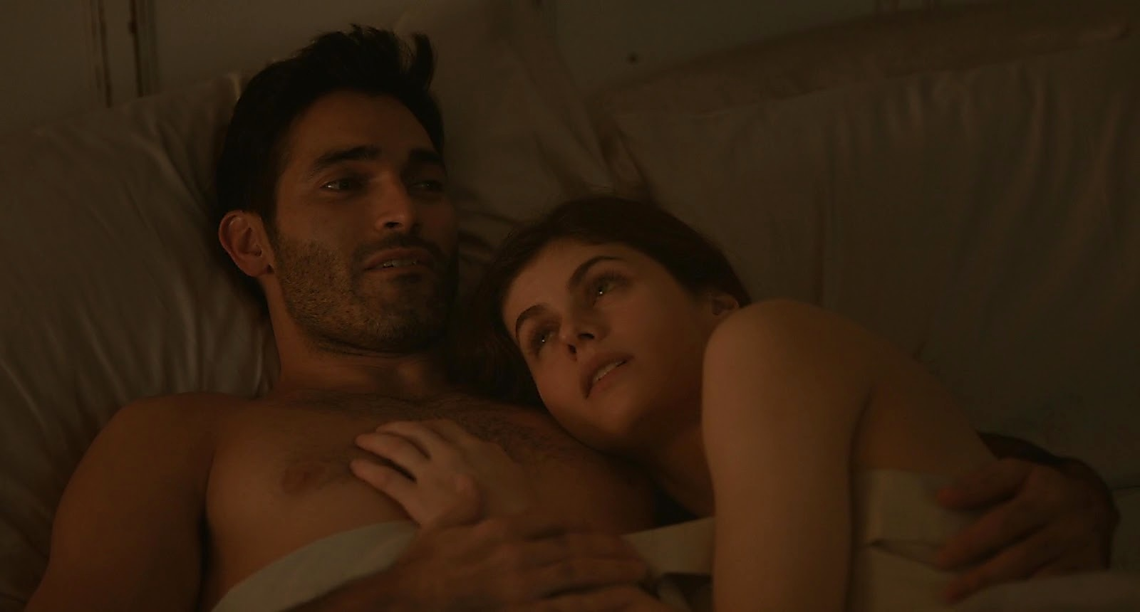 Tyler Hoechlin sexy shirtless scene September 15, 2019, 11am