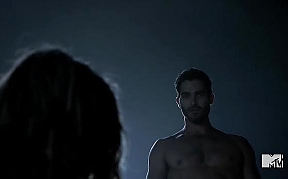 Tyler Hoechlin sexy shirtless scene September 16, 2014, 12pm