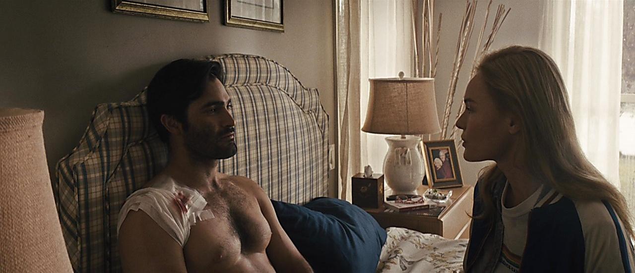 Tyler Hoechlin sexy shirtless scene July 2, 2018, 11am