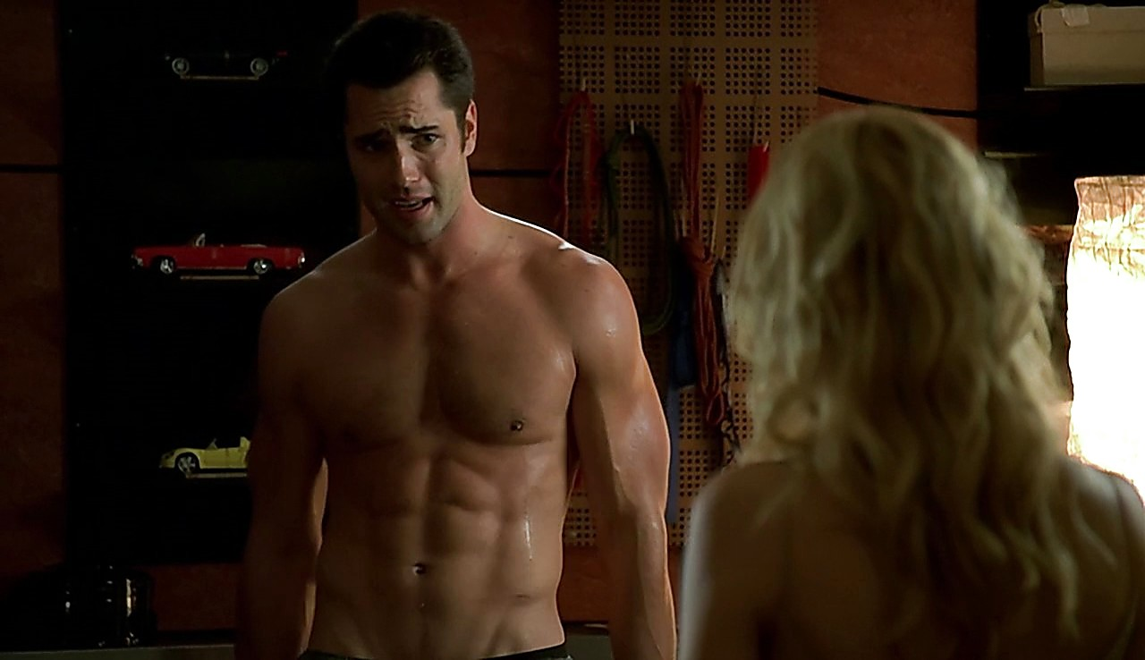 Victor Webster sexy shirtless scene May 17, 2017, 1pm