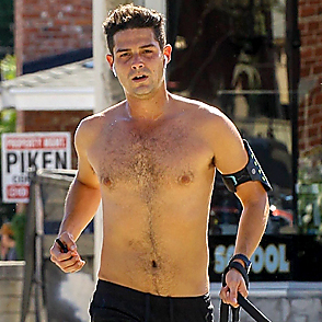 Wells Adams latest sexy shirtless October 22, 2019, 3pm