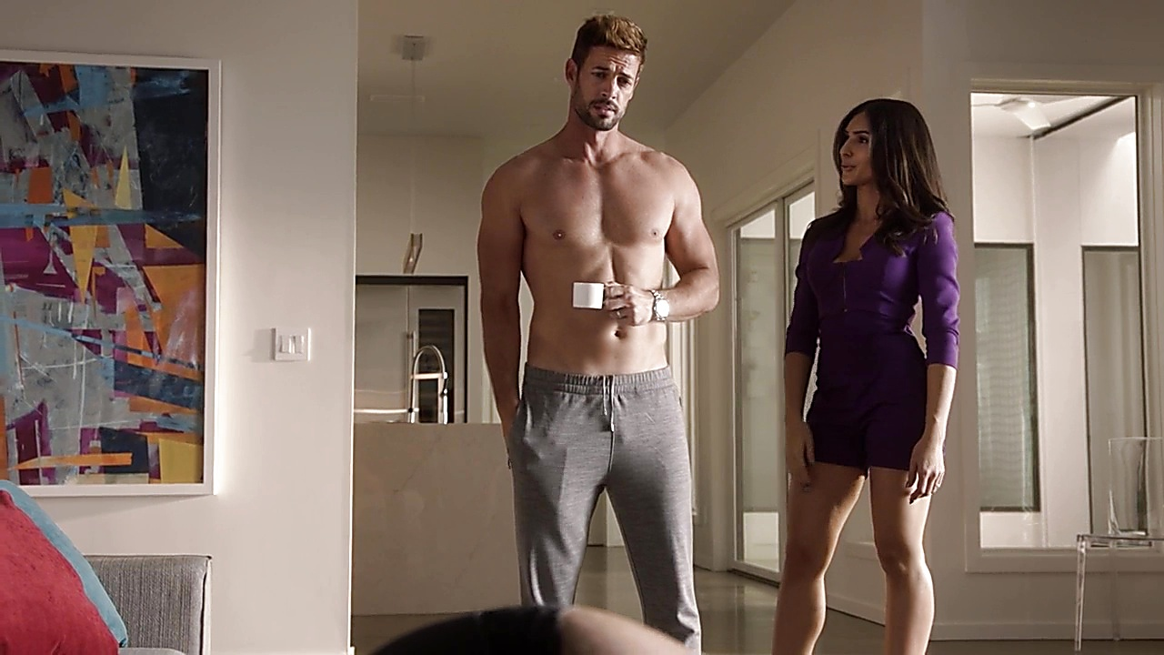 William Levy sexy shirtless scene October 4, 2018, 2pm