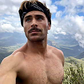 Zac Efron latest sexy shirtless December 25, 2017, 8pm