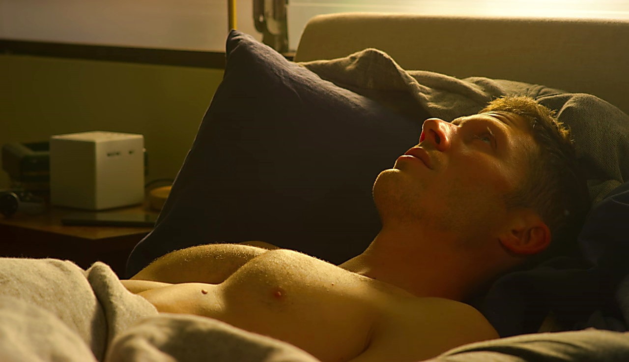 Zach Gilford sexy shirtless scene November 21, 2017, 2pm